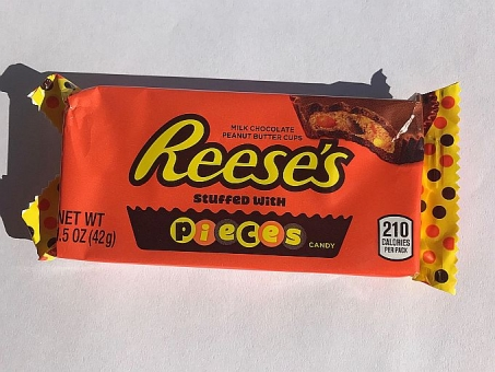 Reese`s stuffed with Pieces 42 g